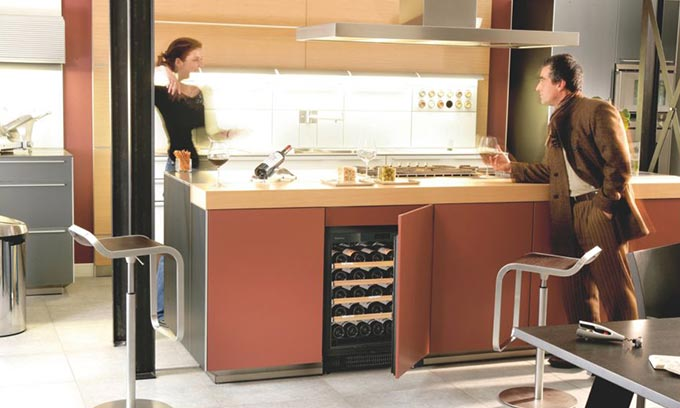EuroCave Fully Integrated Under Bench Kitchen Wine Cabinet S059