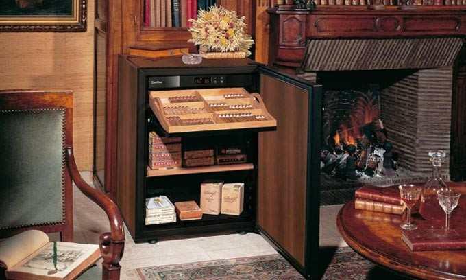 cigar-humidor-wooden