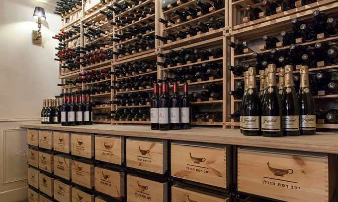 EuroCave Modulorack and Modulocube wine racking systems