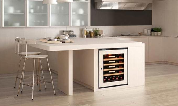 underbench-compact-integrated-EuroCave-wine-cabinet
