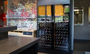 EuroCave-ShowCave-Wine-Cabinet-for-Hospitality-E-MOTION