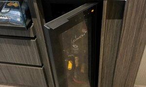 EuroCave Tete a Tete Wine Cabinet and Preserver Emporium Hotel 3